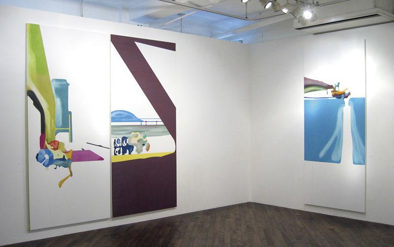 左から リターンあぜぬり|2005、スタブルカウチ|2005、コンベヤ式堀取機 No.2|2005